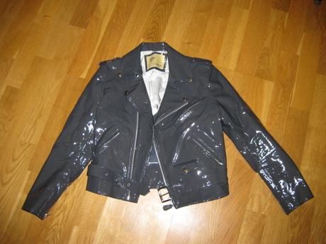 Feathers_toga_jacket